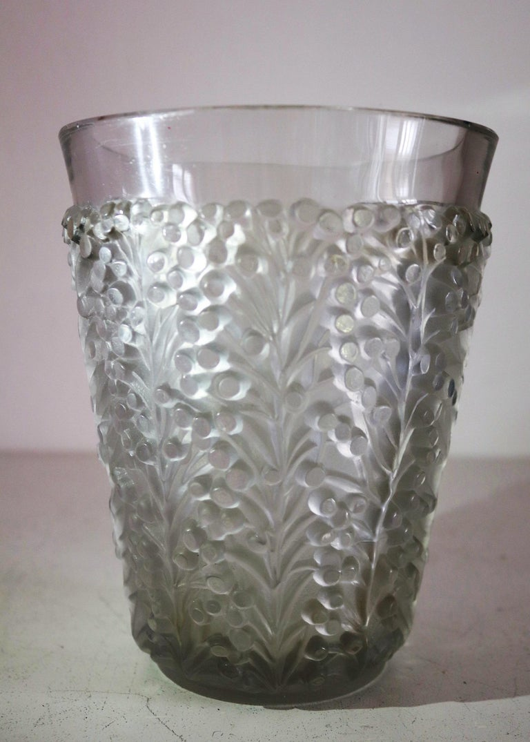 René Lalique Glass Vase with Frosted Leaves and Berries, France, circa 1937 For Sale 1
