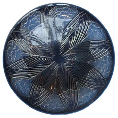 "René Lalique ""Oeillets"" Blue Opalescent Geometric Patterned Charger circa 1930"