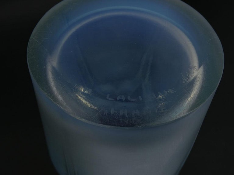 Early 20th Century Rene Lalique Opalescent Glass 'Ceylan' Vase For Sale
