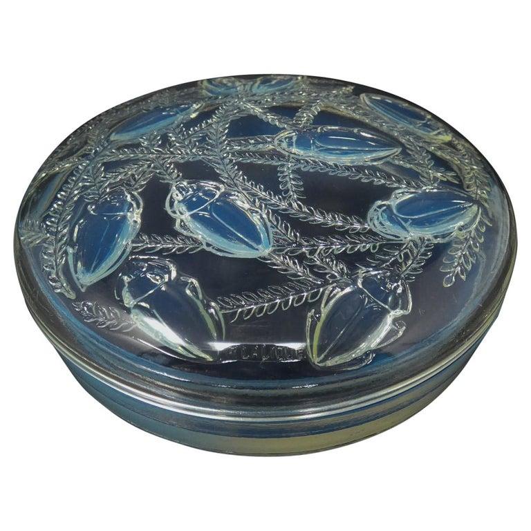 René Lalique Opalescent Glass 'Cleones' Box For Sale