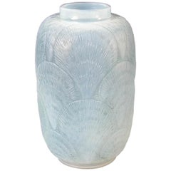 Rene Lalique Opalescent Glass 'Coquilles' Vase