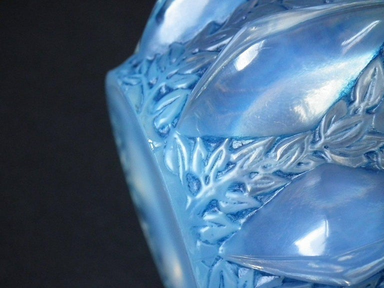 Early 20th Century René Lalique Opalescent Glass 'Rampillion' Vase For Sale