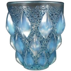 René Lalique Opalescent Glass 'Rampillion' Vase