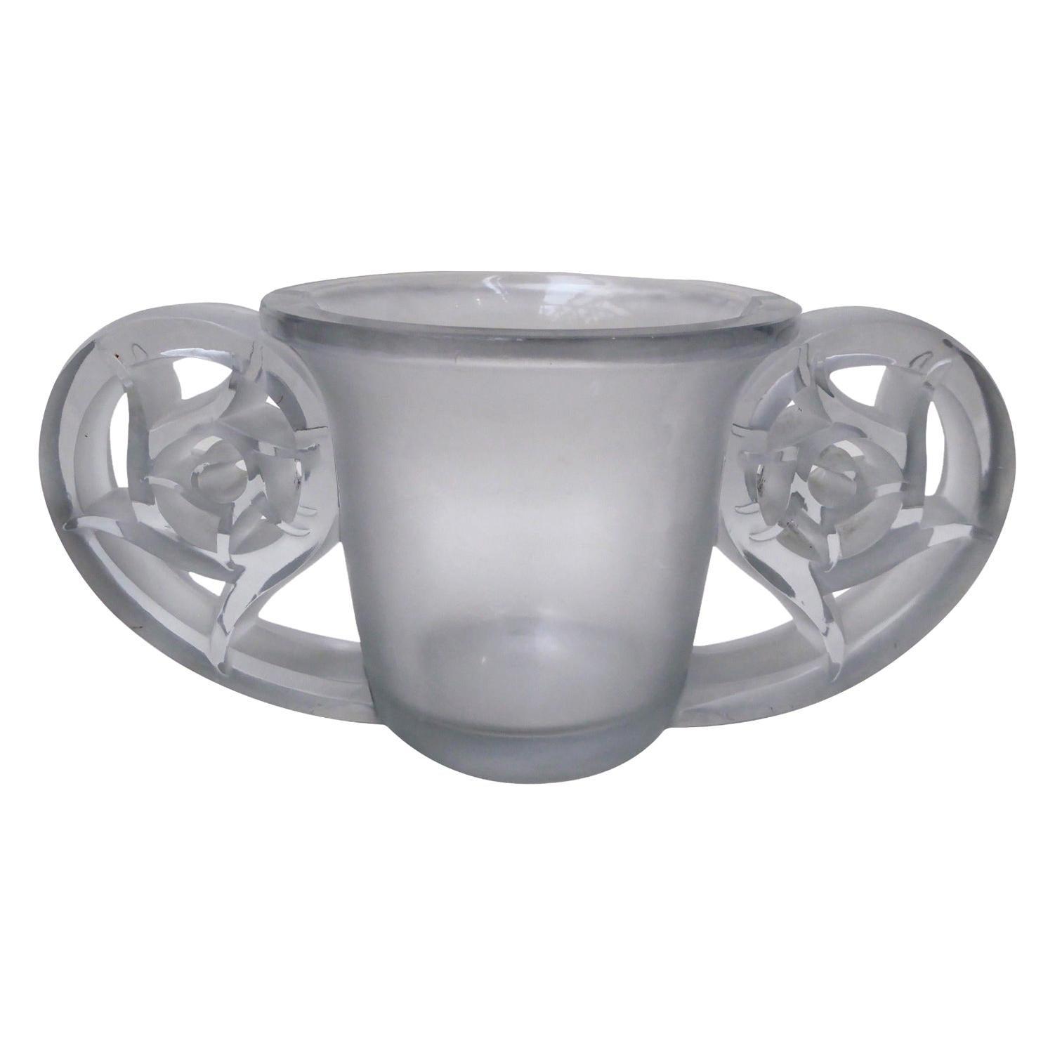 """René Lalique Vase """"Pierrefonds"""""""
