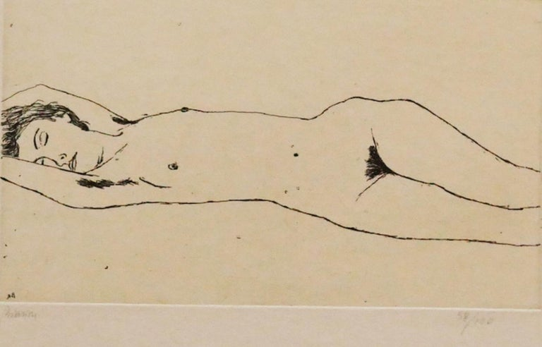 Nude is an original etching on paper realized in 1972 by Renzo Biasion.  Hand-signed on the lower left in pencil. Numbered, edition of 58/100 prints.  In very good conditions.  The artwork represents a lying down nude through confident and strong