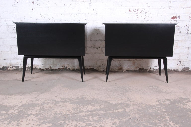 Renzo Rutili Black Lacquered Bachelor Chests or Large Nightstands Newly Restored For Sale 6