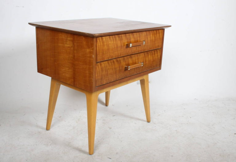 Mid-Century Modern Renzo Rutilli Nightstand for Johnson Furniture Co. For Sale