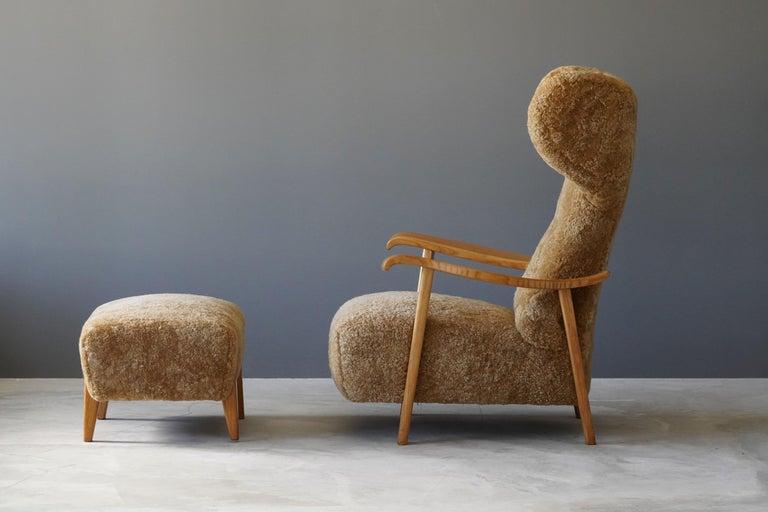 Italian Renzo Zavanella (Attribution) Lounge Chair, Ottoman, Sheepskin, Oak, Italy 1940s