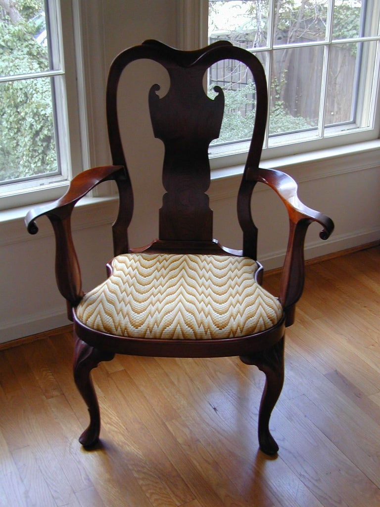 Replica of a Philadelphia Colonial Period 'Queen Anne' Balloon Seat Armchair For Sale 3