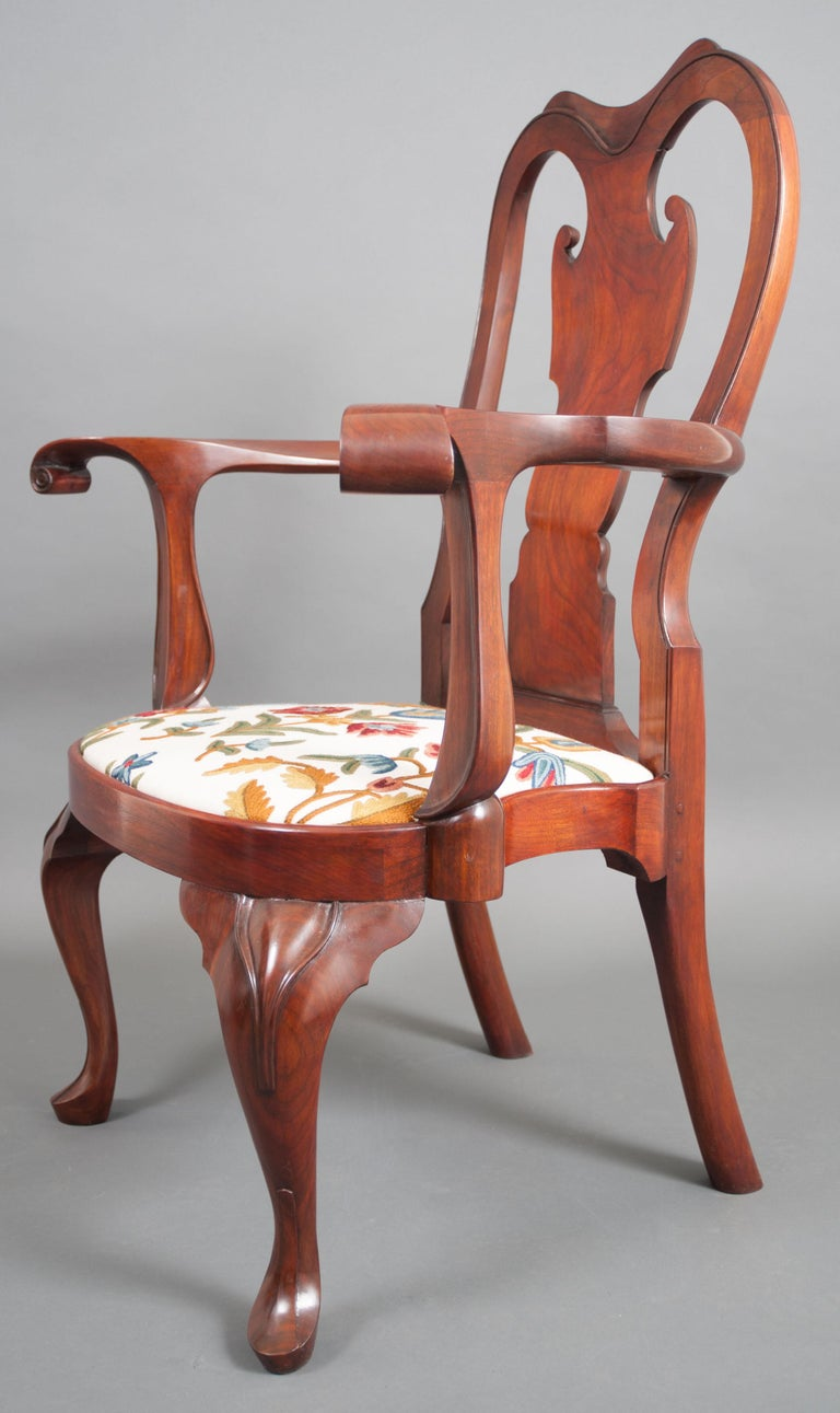 American Replica of a Philadelphia Colonial Period 'Queen Anne' Balloon Seat Armchair For Sale