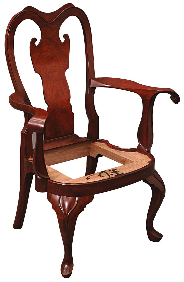 Hand-Carved Replica of a Philadelphia Colonial Period 'Queen Anne' Balloon Seat Armchair For Sale
