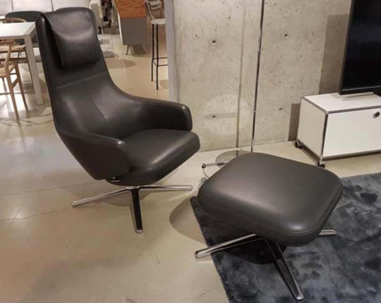 Swiss Repos and Ottoman Leather Lounge Chair, by Antonio Citterio from Vitra For Sale