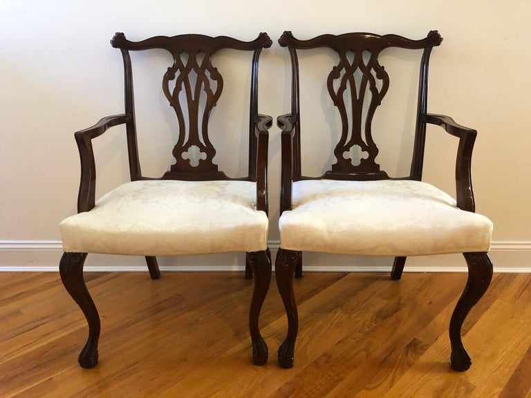 Late 20th Century Resplendent Set of 10 Chippendale Style Dining Chairs For Sale