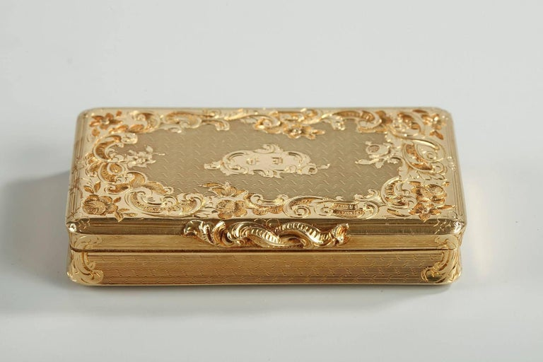 French Restauration Gold Boxe in Rocaille Style For Sale