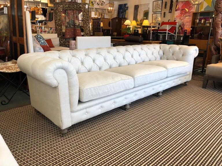 Design Plus Gallery presents fabulous Kensington sofa by Restoration Hardware. Designed by Timothy Oulton, inspired by the classic Chesterfield. The upholstery still evokes the style the grand gentlemen's club tradition. Deep hand-tufting and