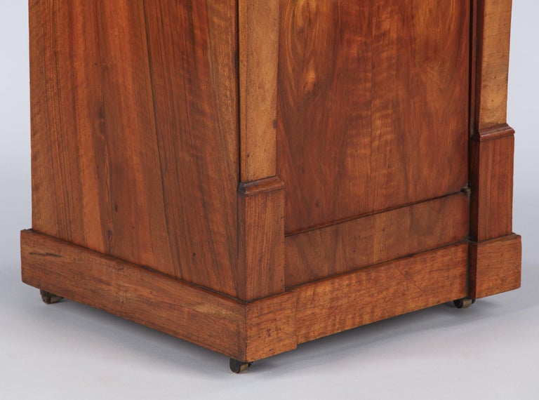 French Restoration Period Walnut Bedside Cabinet, 1820s For Sale 6