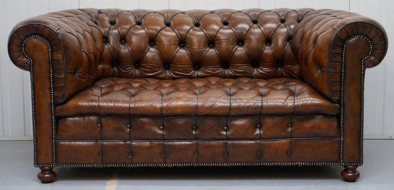 Victorian Restored 1900s Chesterfield Buttoned Hand Dyed Brown Leather Sofa Horse Hair For Sale