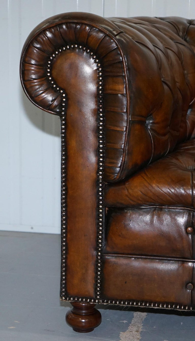 English Restored 1900s Chesterfield Buttoned Hand Dyed Brown Leather Sofa Horse Hair For Sale