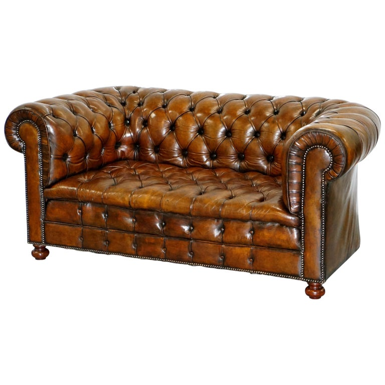 Restored 1900s Chesterfield Buttoned Hand Dyed Brown Leather Sofa Horse Hair For Sale