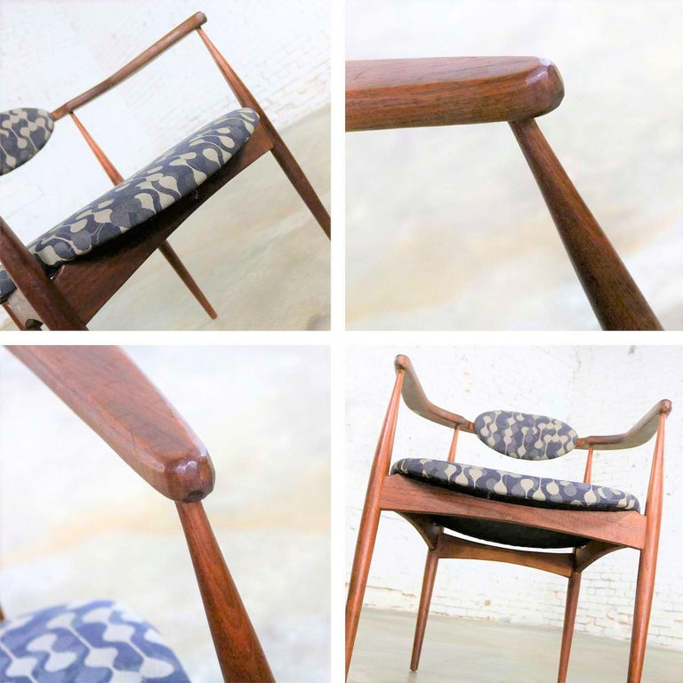 Restored Adrian Pearsall 950-C Armed Side Chair 6