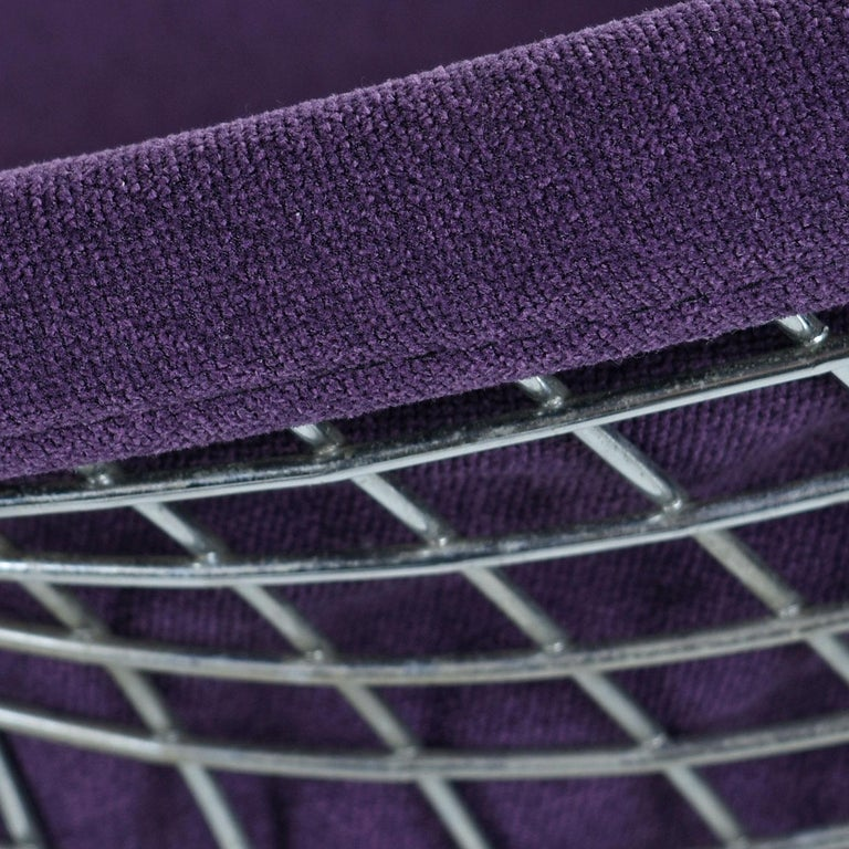 20th Century Restored Diamond Chair by Harry Bertoia for Knoll - Full Cover Plum Knoll Tweed For Sale