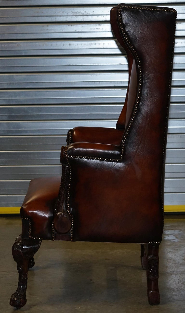 Restored Early 18th Century circa 1720 Wingback Armchair Cigar Brown Leather For Sale 11