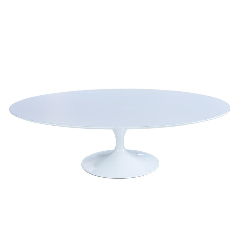 Mid-Century Modern Restored Early Weighted Insert Base Knoll Saarinen Tulip Oval Coffee Table For Sale