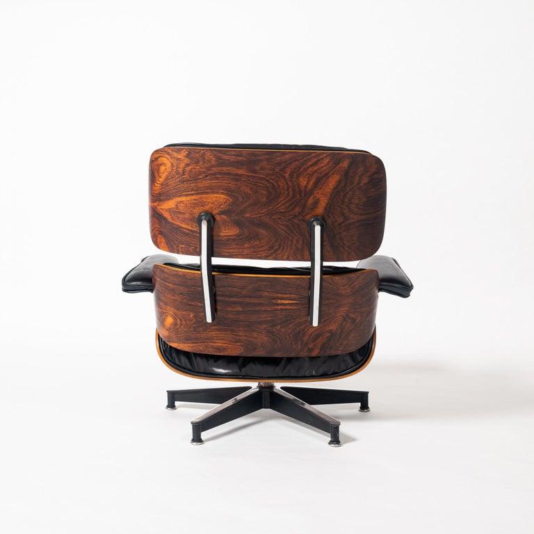 Mid-Century Modern Restored First Gen 1956 Eames Lounge Chair & Ottoman For Sale