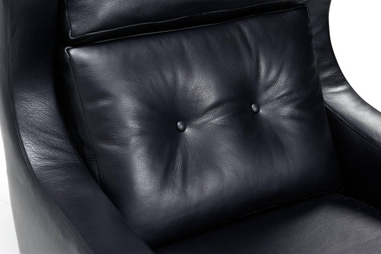 Restored Midcentury Svend Skipper Style Black Leather Low-Back Lounge Chair For Sale 1