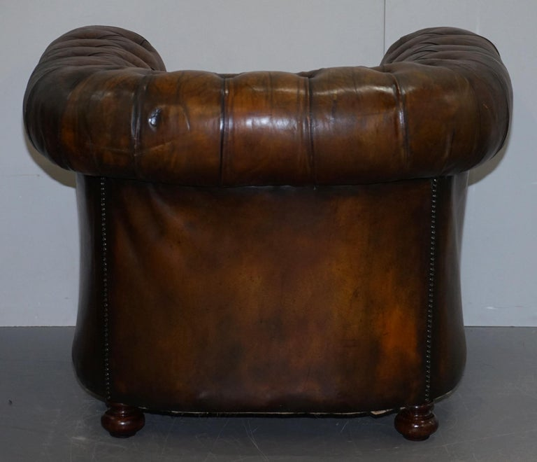 Restored Pair of circa 1900 Hand Dyed Cigar Brown Leather Chesterfield Armchairs For Sale 5