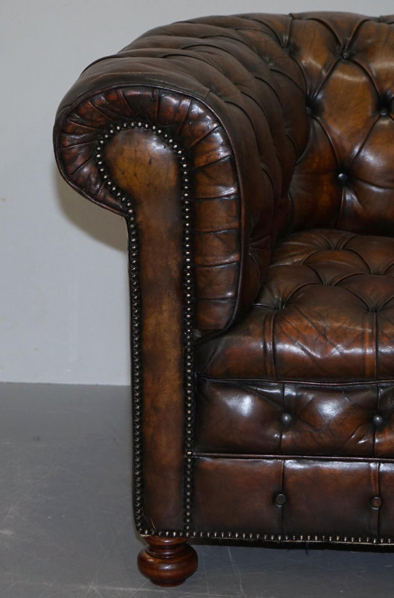 Restored Pair of circa 1900 Hand Dyed Cigar Brown Leather Chesterfield Armchairs For Sale 1