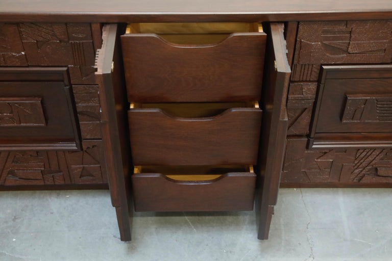 Restored 'Pueblo' Brutalist Bedroom Dresser Set by Lane, 1970s, Signed For Sale 5