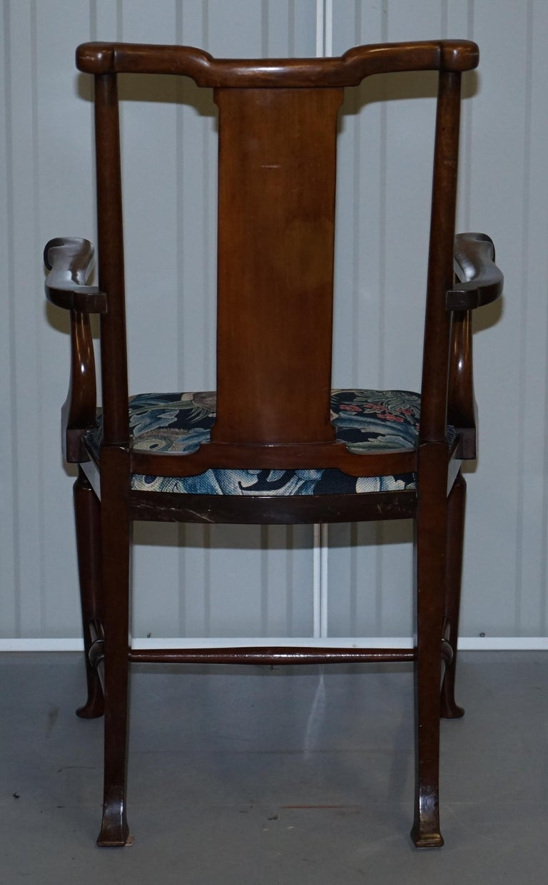 Restored Suite of William Morris Richard Norman Shaw Tabard Bench & Armchairs For Sale 2