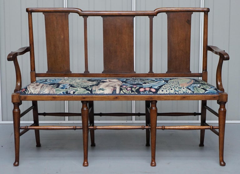 Restored Suite of William Morris Richard Norman Shaw Tabard Bench & Armchairs For Sale 7