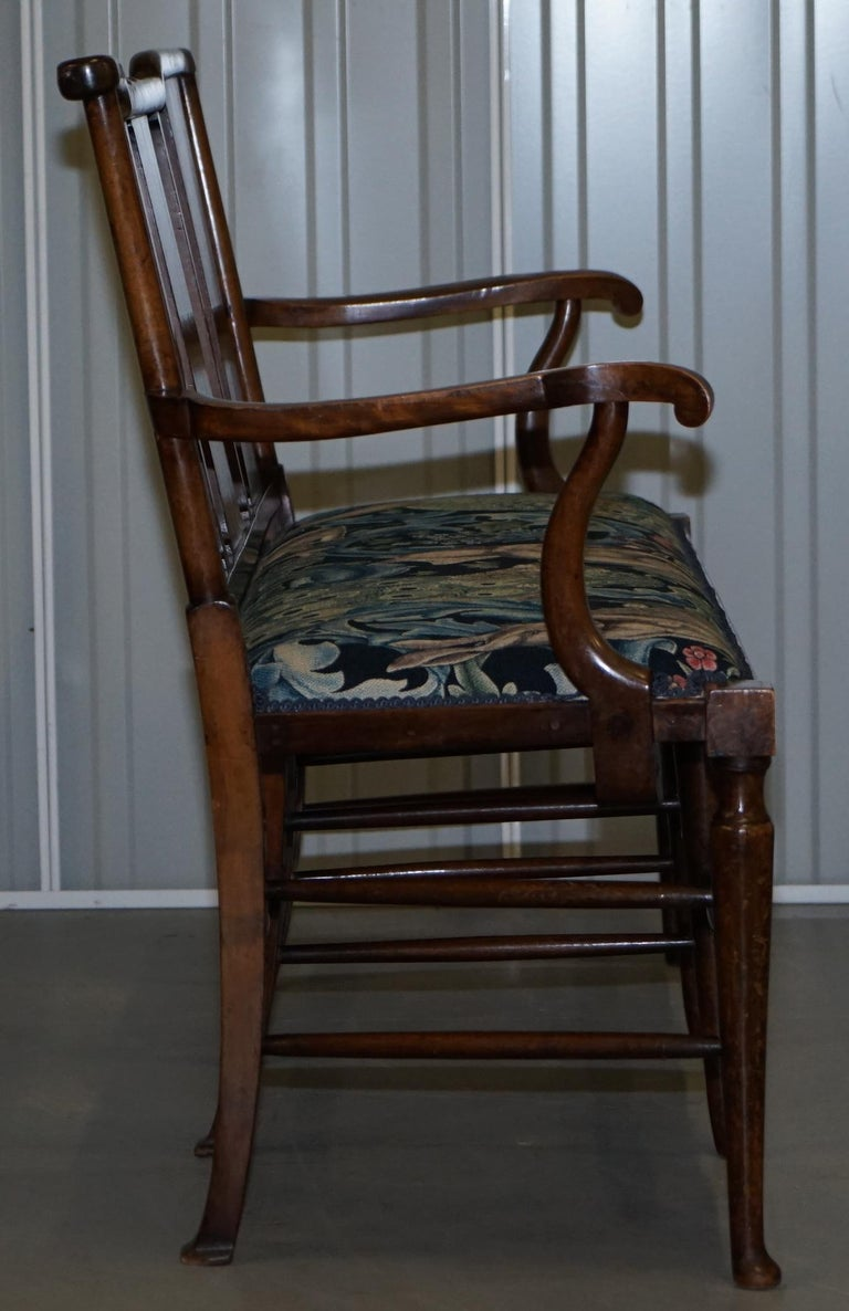Restored Suite of William Morris Richard Norman Shaw Tabard Bench & Armchairs For Sale 11