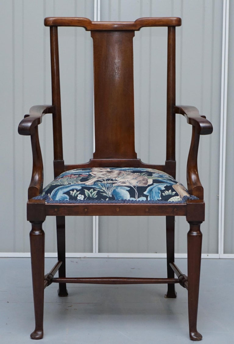 English Restored Suite of William Morris Richard Norman Shaw Tabard Bench & Armchairs For Sale