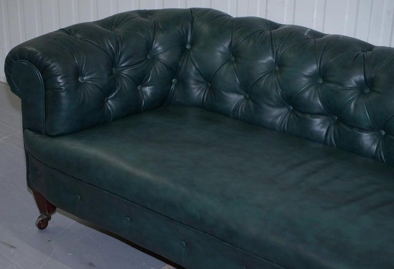 English Restored Victorian 1890 Cornelius V Smith Chesterfield Leather Sofa Coil Sprung For Sale