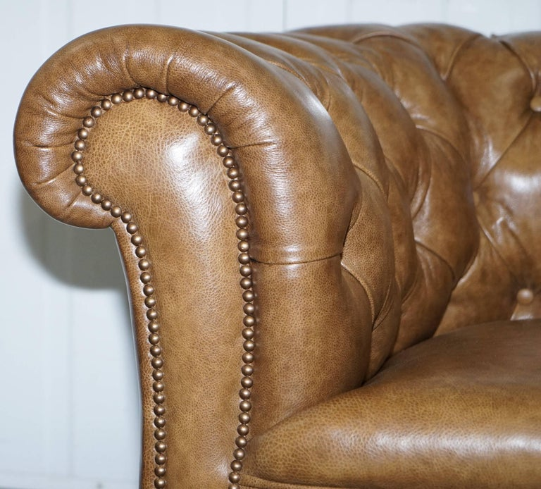 Restored Victorian Walnut Framed Chesterfield Club Sofa Heritage Brown Leather For Sale 6
