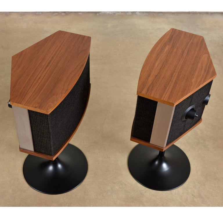 Mid-Century Modern Restored Vintage 1983 Bose 901 Series V Speakers with Tulip Stands and Equalizer