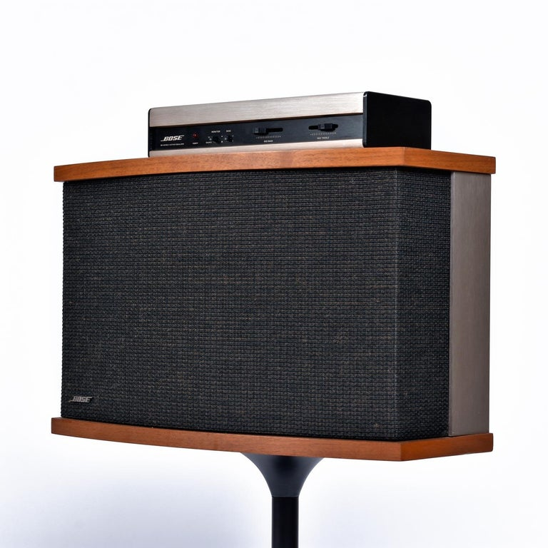 Late 20th Century Restored Vintage 1983 Bose 901 Series V Speakers with Tulip Stands and Equalizer