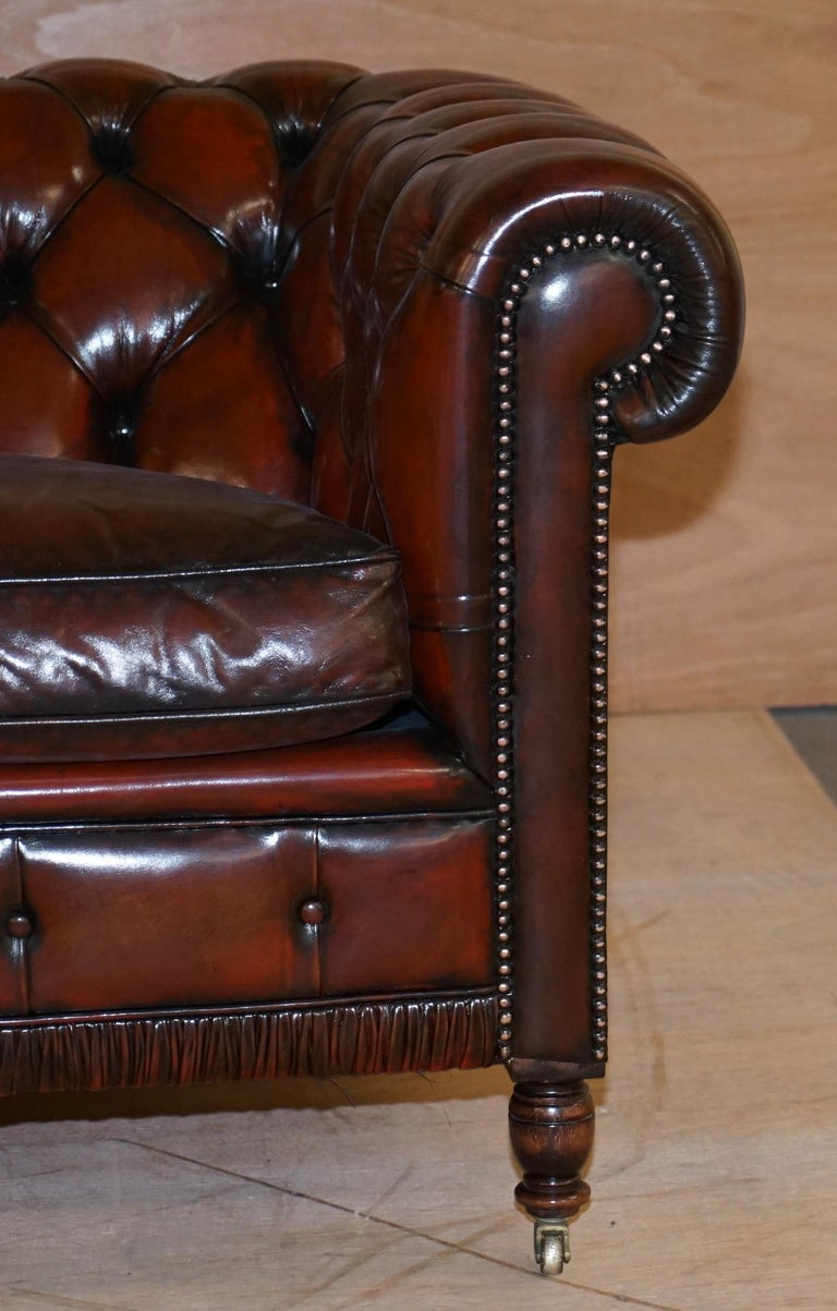 Restored Vintage Oxblood Bordeaux Leather Chesterfield Club Sofa on Turned Legs For Sale 5