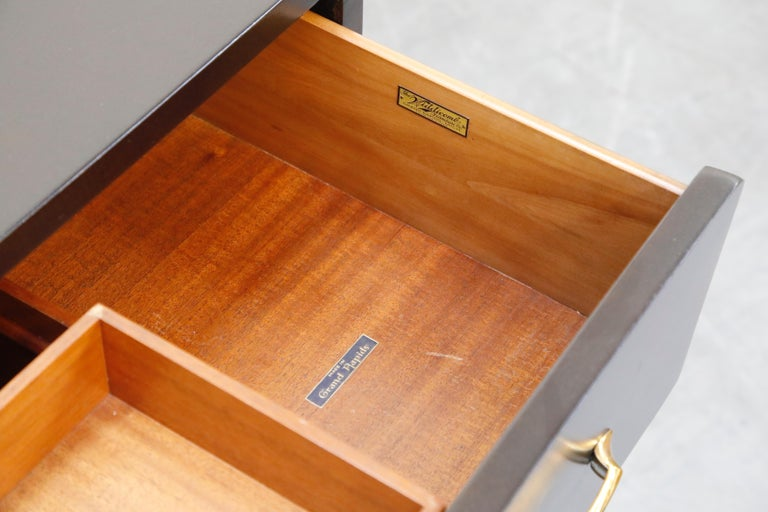 Restored Widdicomb Streamline Moderne Chest of Drawers, circa 1940s, Signed For Sale 9