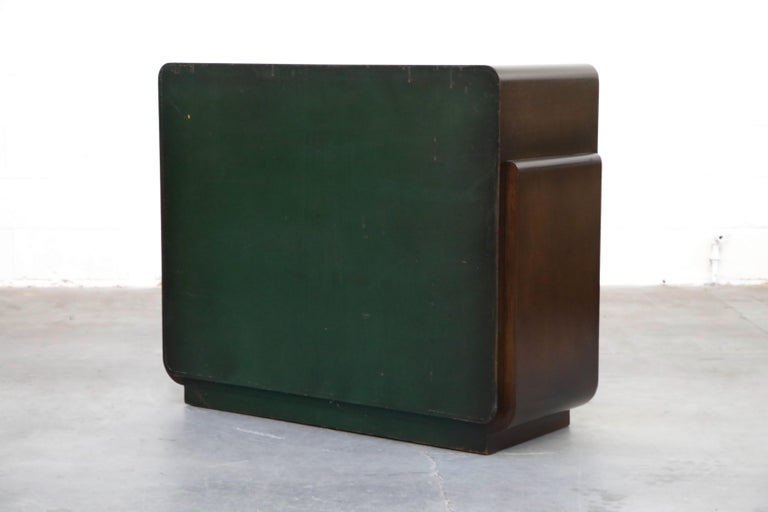 Restored Widdicomb Streamline Moderne Chest of Drawers, circa 1940s, Signed For Sale 2