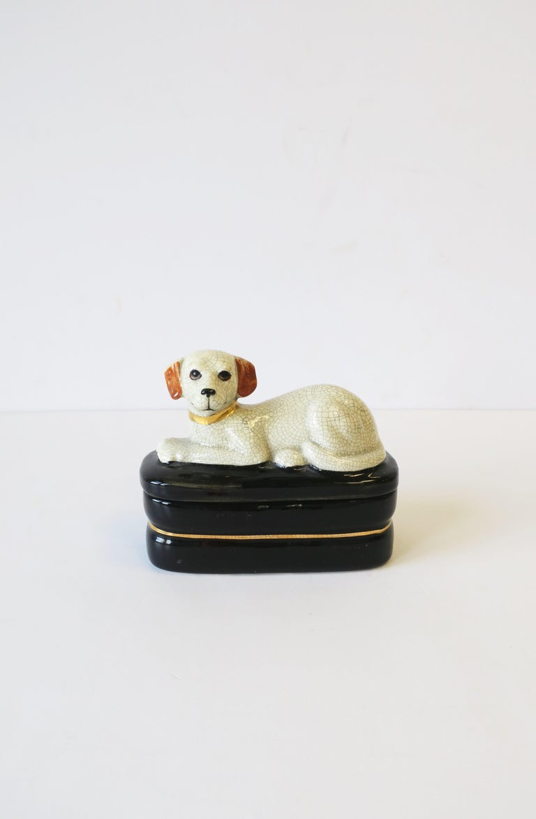 Retriever Dog Trinket or Jewelry Box In Good Condition For Sale In New York, NY