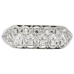 Retro 0.20 Carat Diamond 18 Karat White Gold Band Ring