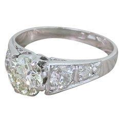 Retro 1.02 Carat Round Brilliant Cut 'and 0.90 Carat' Diamond Ring