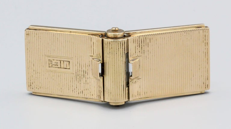 Retro 14 Karat Gold Folding Travel Picture Frame with Hidden Clock In Good Condition For Sale In New York, NY
