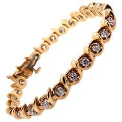 Retro 1.75 Carat Gold Bracelet Natural Round Brilliant G-H Color, circa 1980