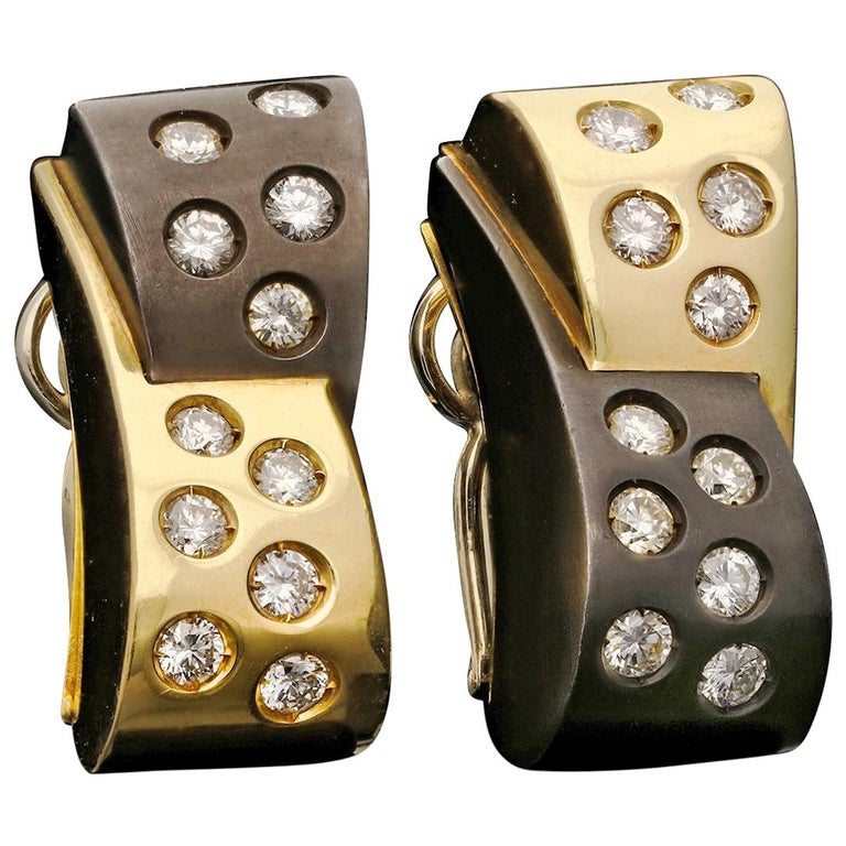 Retro 18 Carat Gold, Black Rhodium and Diamond Earrings by Illario, circa 1950s For Sale