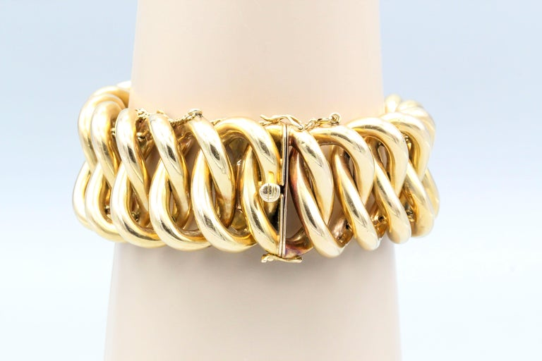 Retro 18 Karat Gold Oval Link Bracelet In Good Condition For Sale In New York, NY